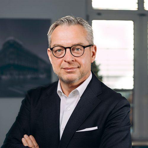 Dr. Thomas Harder